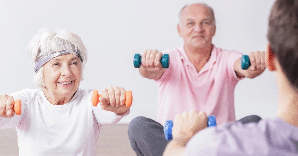 Läs till aktivitetspedagog inom äldreomsorgen